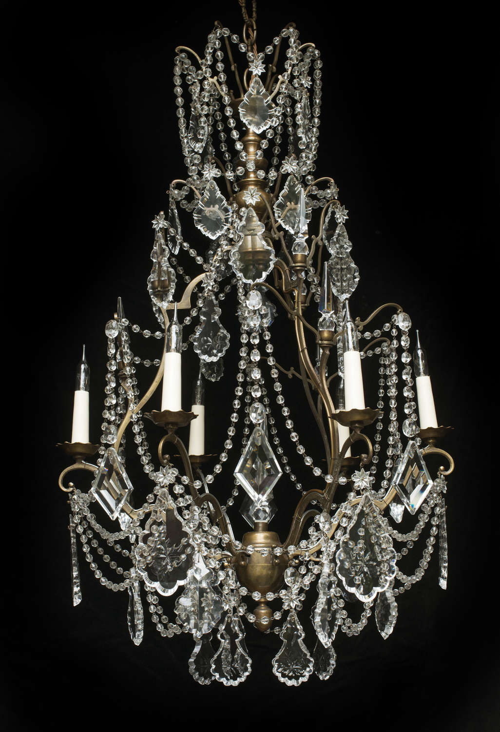6 light French Antique Chandelier with flower patterned crystals